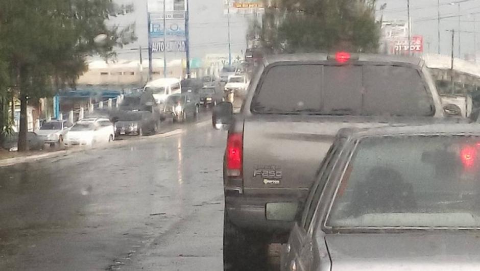 En el ingreso principal de San Cristóbal el tráfico es fuerte. (Foto: Facebook/Juanma Arreaga)