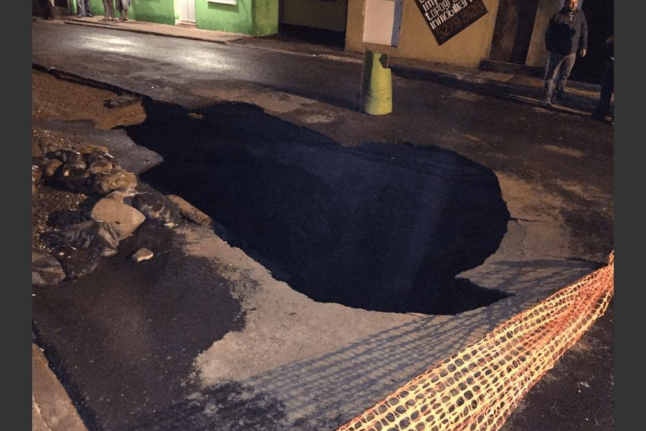 El hundimiento ocurrió por las lluvias. (Foto: Municipalidad de Mixco)