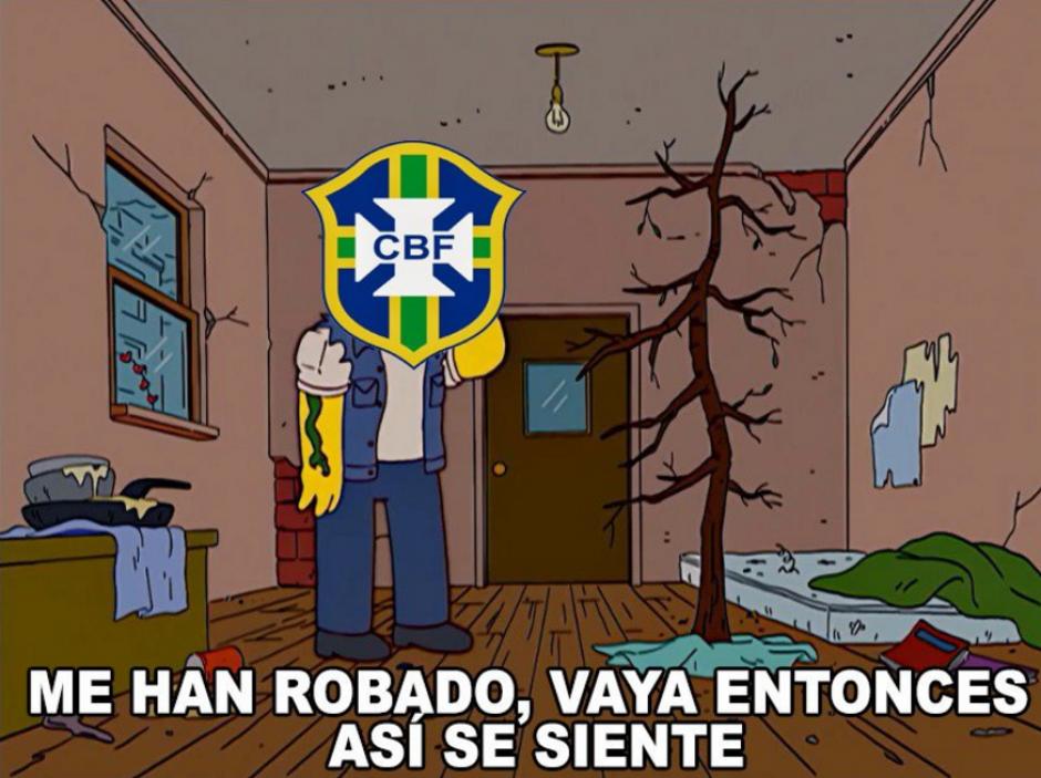 Algunos internautas calificaron la eliminación de la verde amarela como un robo, aunque recordaron otras ocasiones en que Brasil ha sido beneficiado con jugadas dudosas. (Foto: @Mauro_Merchan_/Twitter)