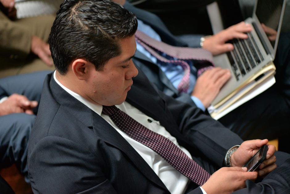 David Pineda comparte con Mario Castañeda la defensa de Fernando Peña, presidente de Barural. (Foto: Wilder López/Soy502)
