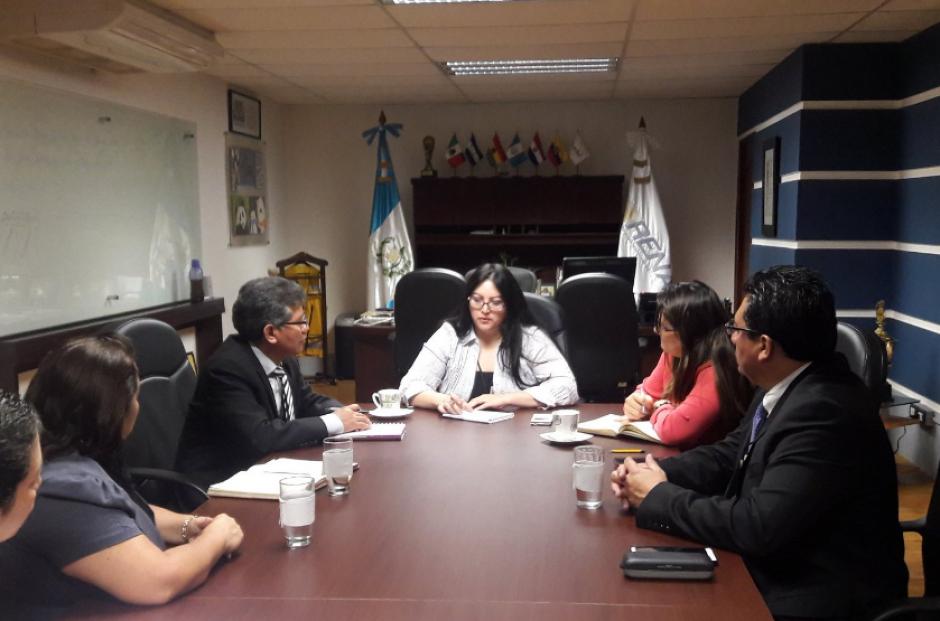 La directora interina es Brenda Gramajo, quien estaba a cargo del área de procesos. (Foto: Twitter/@Luis04alonzo)