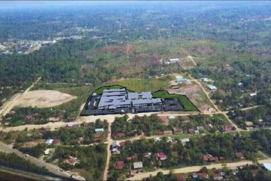 El hospital nunca se terminó de construir, a pesar de que se transfirieron los fondos. (Foto: Captura de Pantalla)