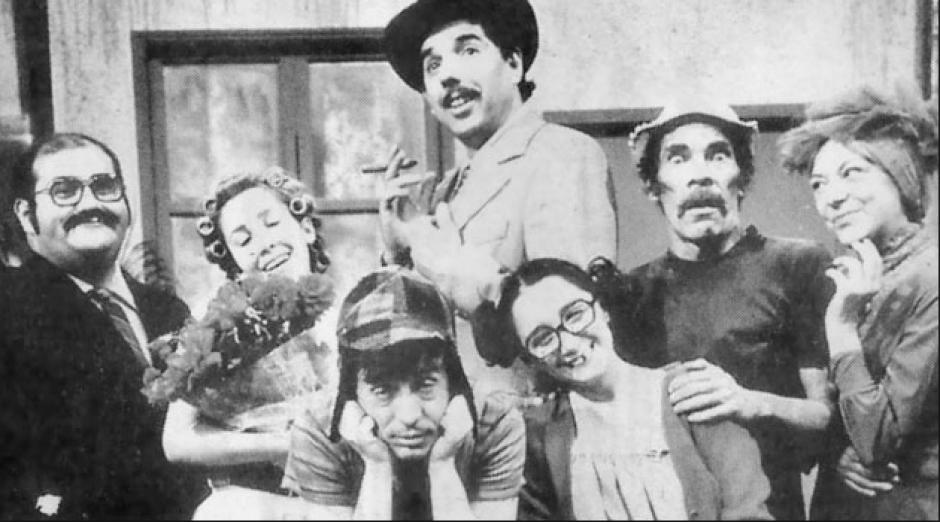 Una de las fotografías poco conocidas del actor junto al elenco. (Foto: El Universal)