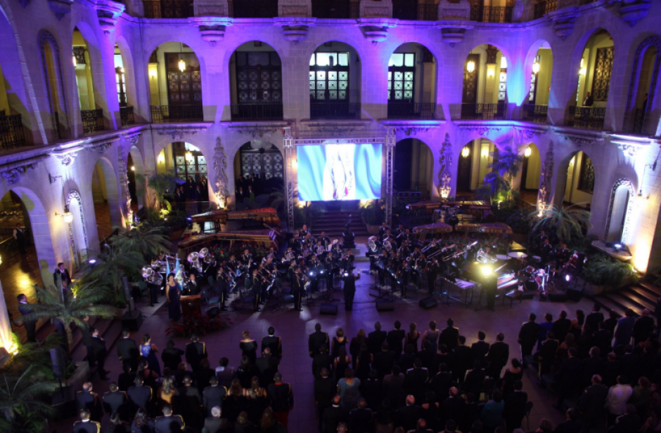 Para la celebración se ordenó evacuar al personal del Palacio Nacional. (Foto: Gobierno de Guatemala)