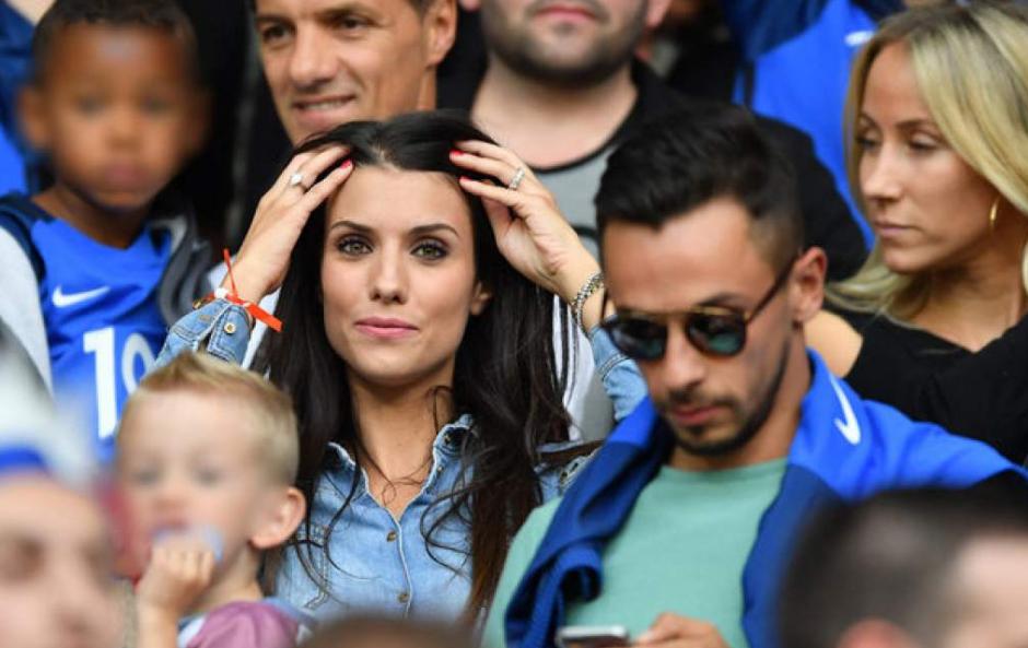 La esposa de Sagna se roba las miradas. (Foto: Instagram/ludivinesagna)