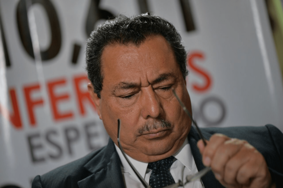 El Ministro de Salud, Alfonso Cabrera, se comprometió a renunciar si no mejora el sistema de salud. (Foto: Wilder López/Soy502)
