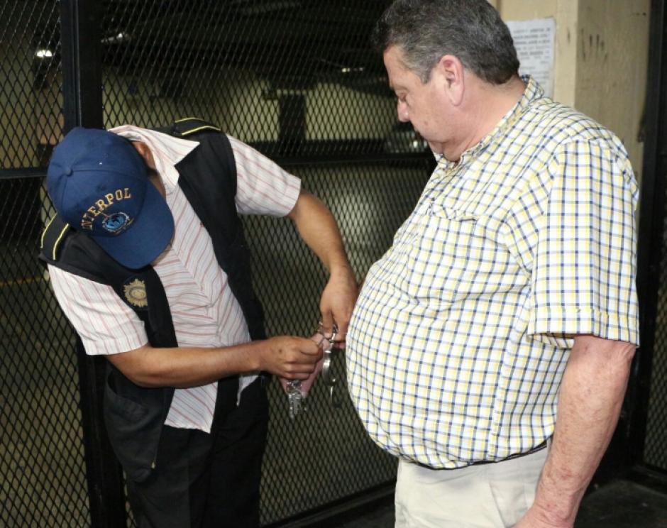 Un colombiano fue capturado en el aeropuerto La Aurora por narcotráfico. (Foto: PNC)