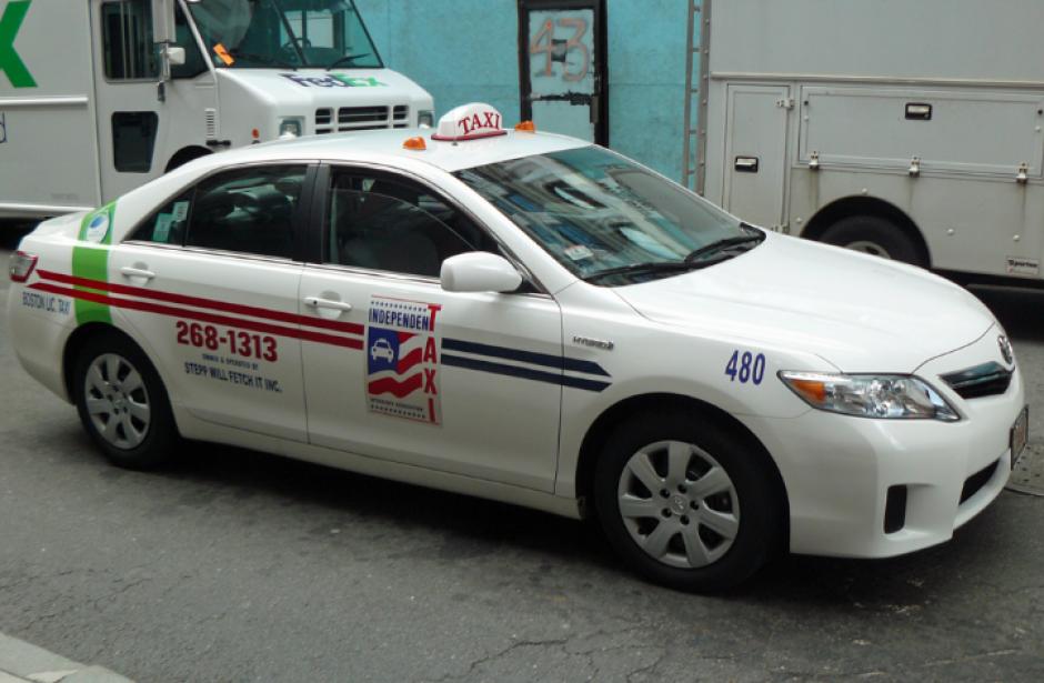 El taxista encontró una mochila con los miles de dólares. (Imagen con fines ilustrativos.  Foto: bostoncab.us)