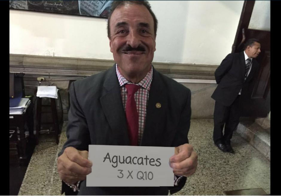 Los famosos aguacates también fueron parte de los memes. (Foto: Twitter/@SantaDiablaGT)