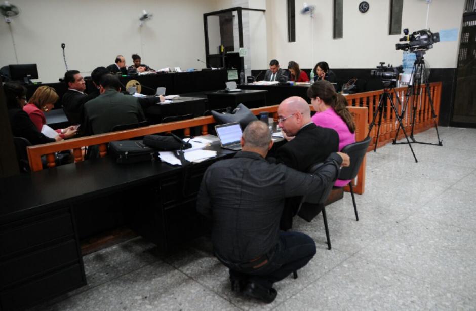 La audiencia fue presidida por el titular del Juzgado Décimo de Instancia Penal, Walter Villatoro. (Foto: Alejandro Balán/Soy502)