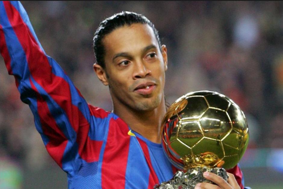 Ronaldinho fue Balón de Oro cuando jugaba para el Barcelona. (Foto: Archivo/Soy502)