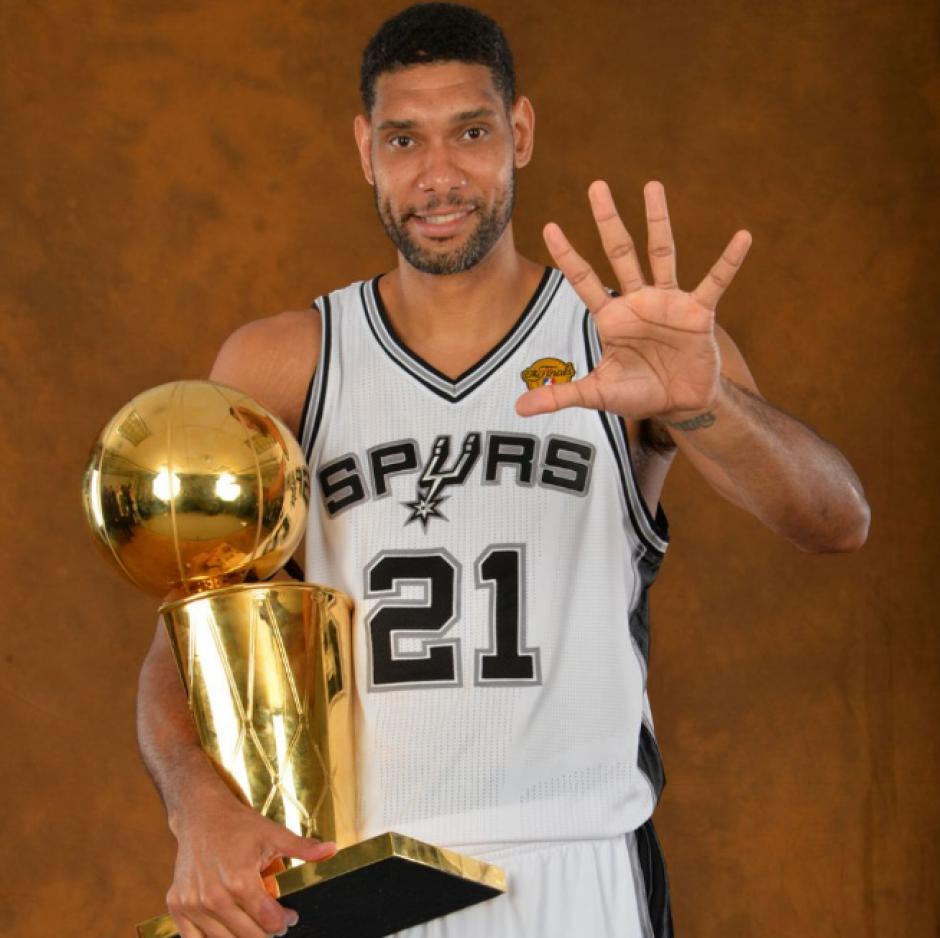 Con cinco títulos, empató a Kobe y se quedó a uno de Jordan. (Foto: Spurs)