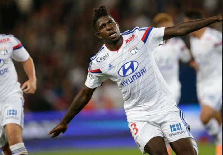 Samuel Umtiti marcó un gol para el recuerdo con el Lyon. (Goal.com)