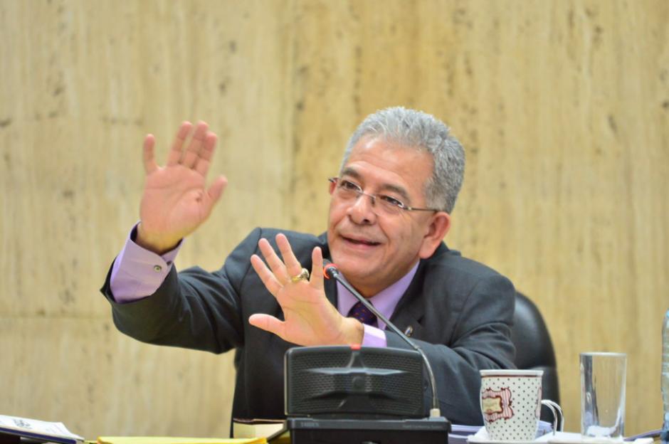 El juez Miguel Ángel Gálvez escuchó los argumentos de la defensa de Beltranena. (Foto: Jesús Alfonso/Soy502)