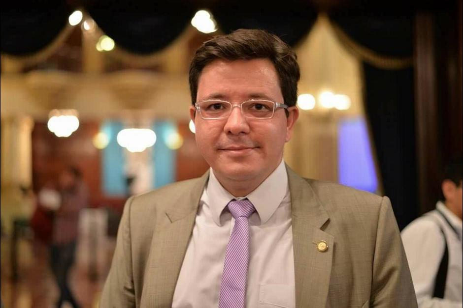 El ministro desmintió que su puesto fuera un favor del aporte económico que hizo la empresa Pedreiro S.A. (Foto: Wilder López/Soy502)