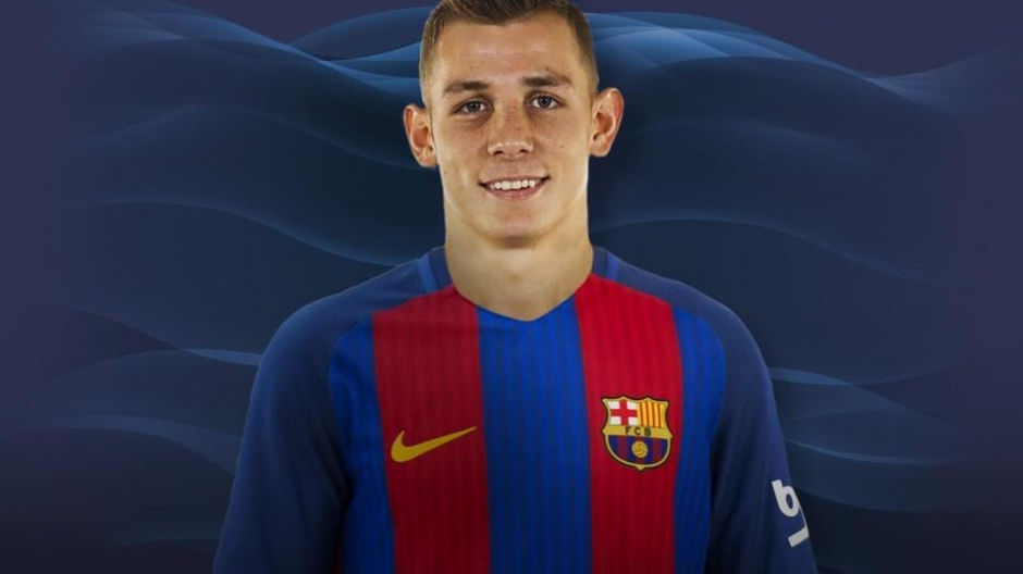Lucas Digne luce su nuevo uniforme. (Foto: Twitter FCB)