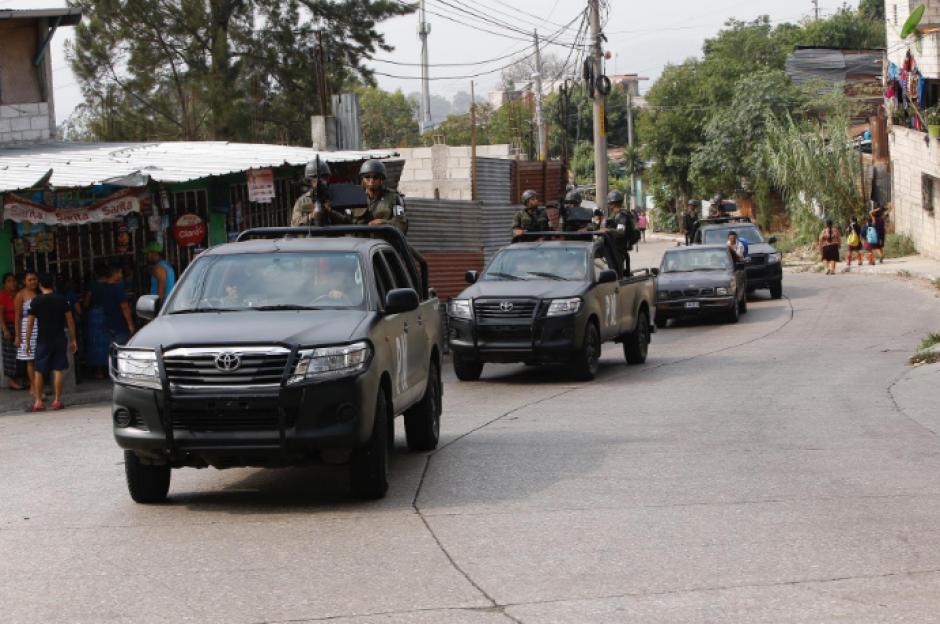 """Las fuerzas de seguridad realizaron 126 allanamientos en 5 departamentos como parte del """"Rescate del Sur"""". (Foto: Nuestro Diario)"""