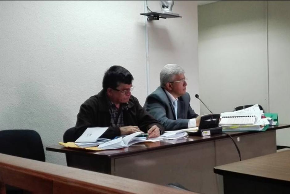 La defensa de Arnoldo Medrano buscaba demostrar que cuando se delegó el cobro del IUSI, la empresa ya no pertenecía a su nuera. (Foto: Marcia Zavala/Soy502)