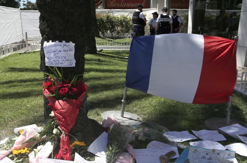 Un atentado en Niza ha dejado un saldo de 84 personas muertas. (Foto: EFE/Alberto Estévez)