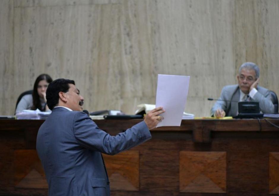 El abogado Francisco García Gudiel defiende al exministro de Agricultura, Edín Barrientos, en el caso Cooptación del Estado. (Foto: Archivo/Soy502)
