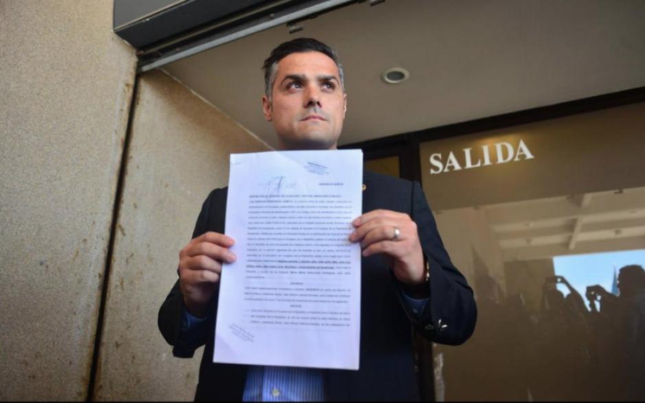 Hernández Azmitia dijo que ya accionó ante las autoridades correspondientes por anomalías en la gestión del director del hospital Roosevelt. (Foto: Archivo/Soy502)