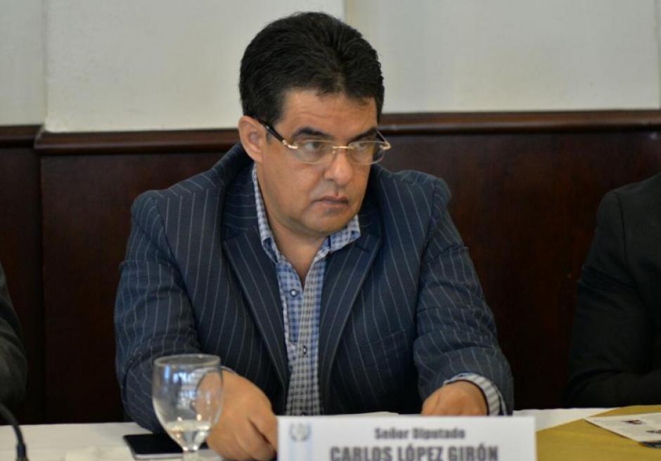 El diputado Carlos López, de la UNE, es señalado de solicitar y facilitar la creación de plazas fantasma en el Congreso. (Foto: Archivo/Soy502)