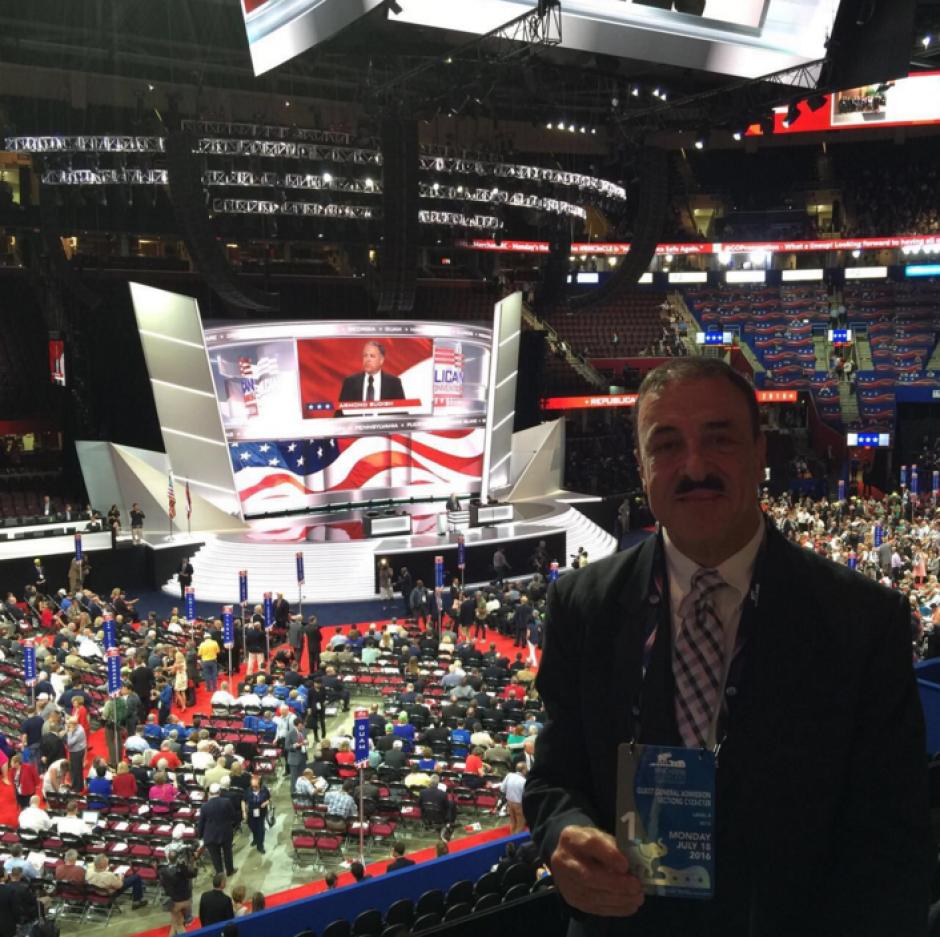 El diputado Fernando Linares Beltranena viajó a Estados Unidos para la Convención Republicana. (Foto: @FLinaresB/Twitter)