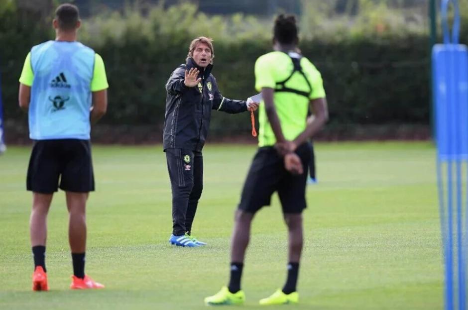 El técnico italiano deja su sello particular en el equipo blue. (Foto: Chelsea.com)