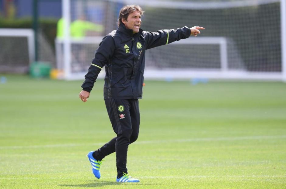 Conte ya ejerce como técnico del Chelsea y no decepciona a nadie. (Foto: AFP)