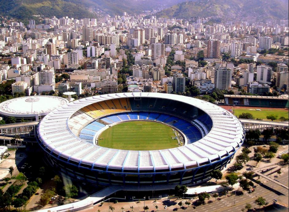 Antes del Mundial 2014, el estadio estaba menos cubierto (Foto: Wikipedia)