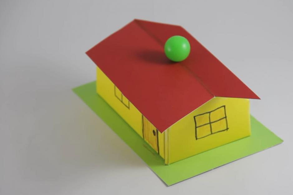 Al final la pelota se queda en el centro y las dudas sobre la ilusión óptica comienzan. (Imagen: Captura de pantalla)