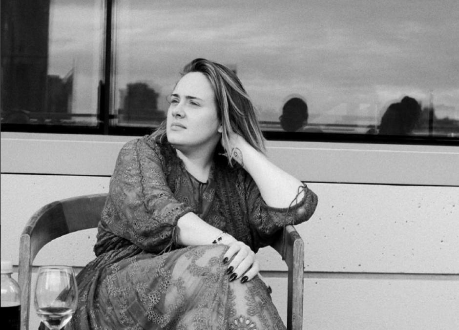 Adele también publicó fotos sin delineador. (Foto: Instagram/Adele)