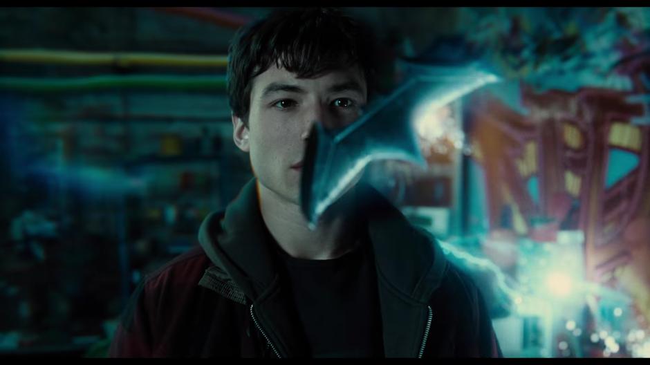 Aparece Flash como un joven superhéroe. (Foto: Warner Bros. Pictures)