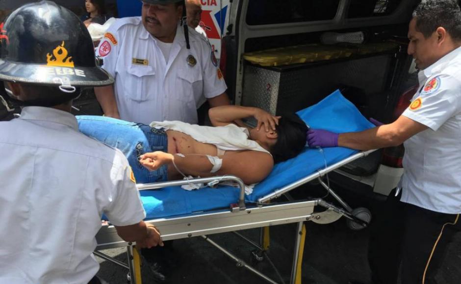 Los Bomberos Voluntarios atendieron la primera emergencia.  (Foto: Bomberos Voluntarios)
