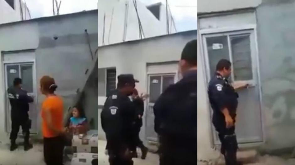 El policía intentó ayudar a una mujer pero hizo el ridículo. (Foto: Captura/YouTube)