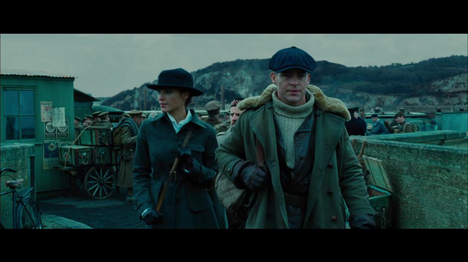 Vemos una pelea en la primera guerra mundial. (Foto: Warner Bros. Pictures)