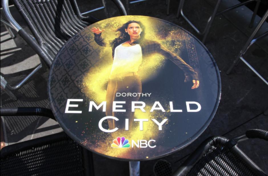 """""""Emerald City"""", nueva serie que recrea el cuento de Oz.  (Foto: @NBCEmeraldCity)"""