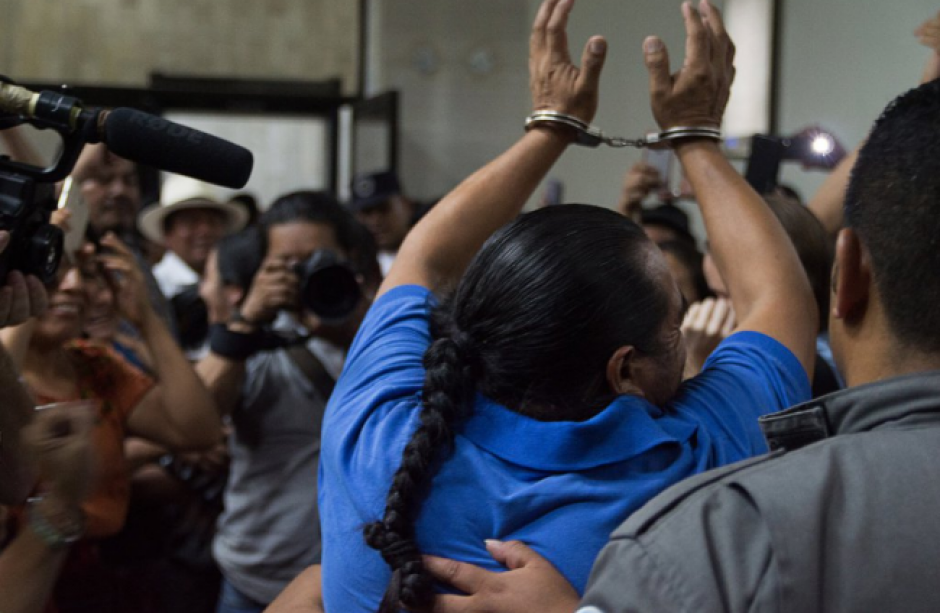 El líder comunitario Rigoberto Juárez recuperó su libertad. (Foto: Prensa Comunitaria/Twitter)