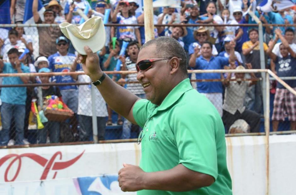 Duglas Zamora se despide de Suchi con un campeonato. (Foto: Soy502)