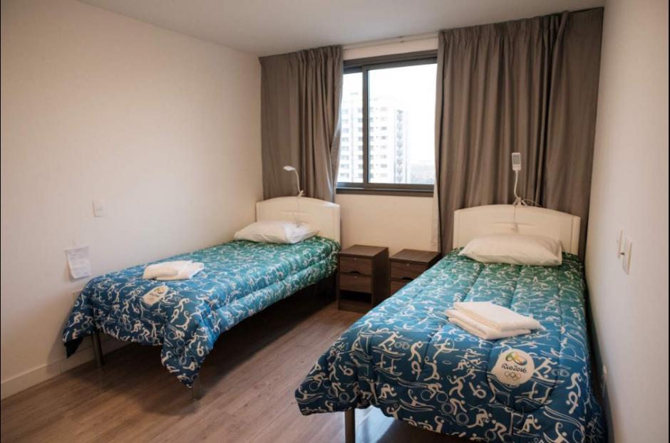Así son las habitaciones y las pequeñas camas de la Villa. (Twitter)