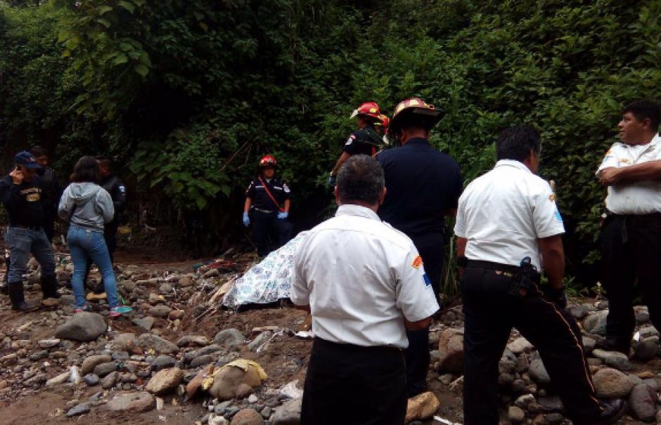 El cuerpo del motorista fue finalmente localizado en esta zona. (Foto: Bomberos Voluntarios)