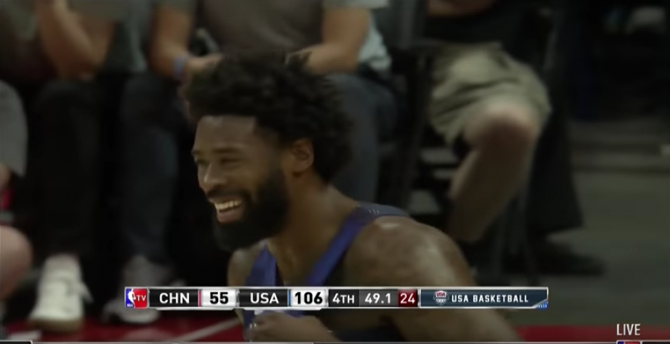 Jordan le devolvió las risas a sus compañeros. (Captura de pantalla)