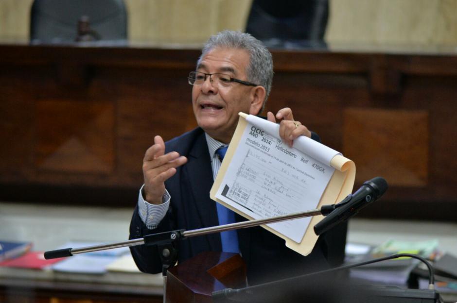 El juez Gálvez explica las pruebas que ya analizó. (Foto: Wilder López/Soy502)