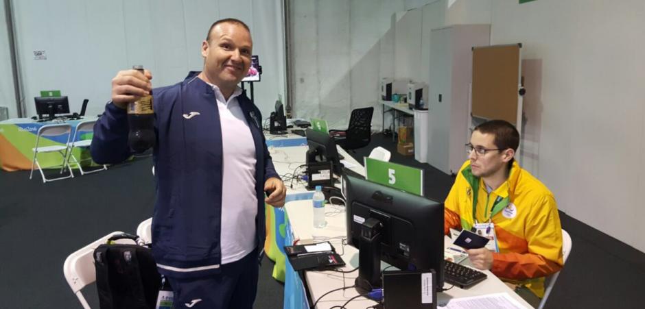 Cansados, pero bien, Fernando y Hebert Brol llegaron a Brasil (Foto:COG)