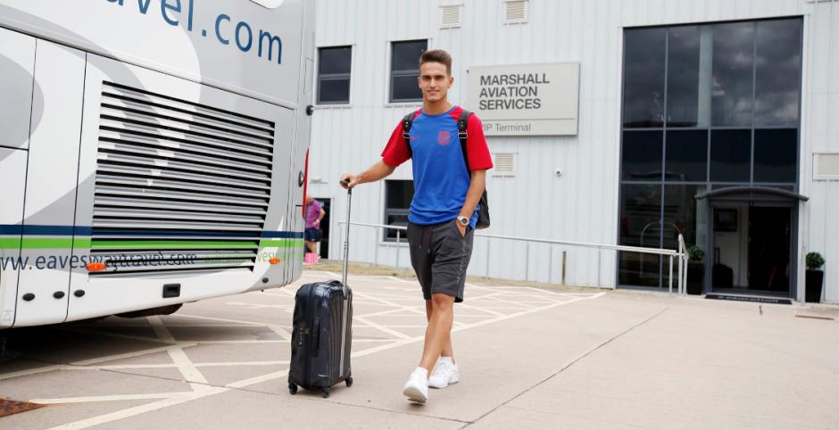 Denis Suárez, uno de los fichajes, viajó con el equipo (Foto: FCB)