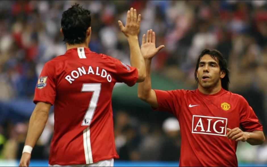Carlos Tévez jugó en el Manchester United pero se fue al City. (Goal.com)