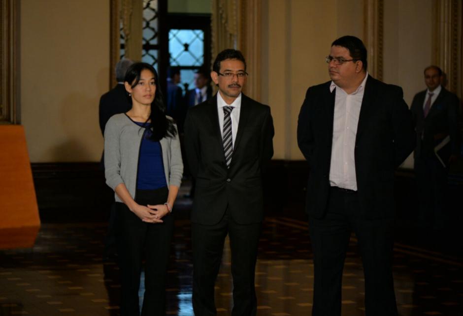 Lucrecia Hernández Mack llega acompañada de nuevos viceministros. (Foto: Wilder López/Soy502)