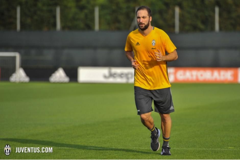 Coincidirá con Khedira, excompañero en el Real Madrid. (Foto: Juventus.com)