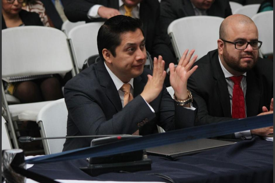 Desde el inicio de la audiencia, Mario Cano se mostró nervioso. (Foto: Alejandro Balán/Soy502)