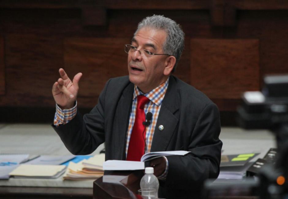 El juez Miguel Ángel Gálvez deberá decidir si envía a los señalados a prisión. (Foto: Alejandro Balán/Soy502)